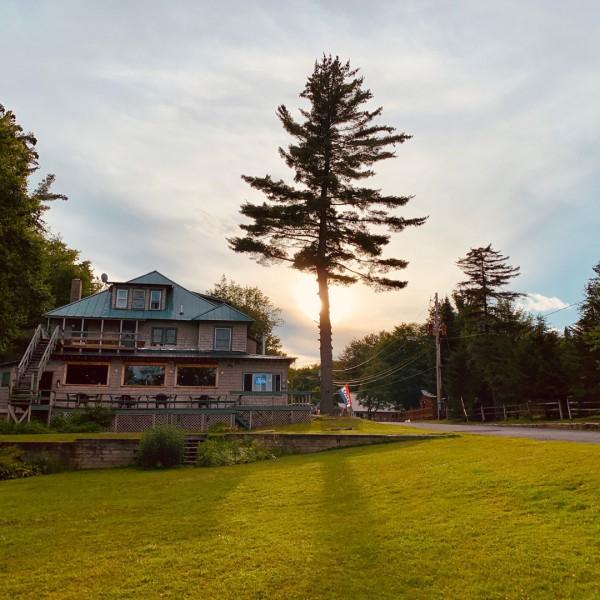Hotel - Big moose Lake, New York