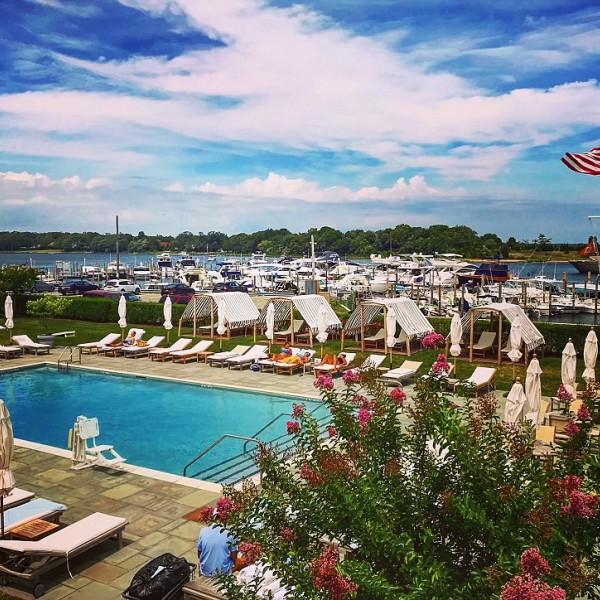 Long Island, NY - Hotel and Restaurant Staff