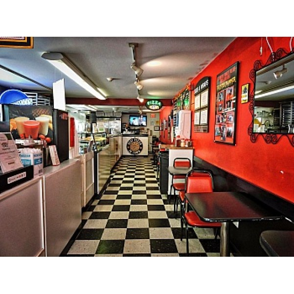 Provincetown/Pizza maker